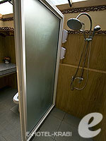 Bath Room : Thai House not Beach Front(K) (มาเป็นครอบครัว&หมู่คณะ) โรงแรมในกระบี่, ประเทศไทย