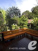 Terrace : Thai House Beach Front(K) (มาเป็นครอบครัว&หมู่คณะ) โรงแรมในกระบี่, ประเทศไทย