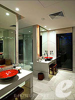 Bath Room : Talay Suite at Paresa Resort Phuket, Meeting Room, Phuket