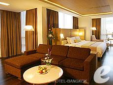 バンコク サイアム・プラトゥーナムのホテル : パトゥムワン プリンセス ホテル(Pathumwan Princess Hotel)のお部屋「パトゥワンガーデンスイート」