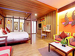 Bath Room : Junior Suite (Twin / Double) at Patong Beach Hotel, Family & Group, Phuket