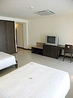 プーケット パトンビーチのホテル : パトン パラゴン リゾート&スパ(Patong Paragon Resort & Spa)のデラックスルームの設備 Room View