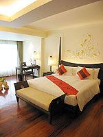 プーケット パトンビーチのホテル : パトン パラゴン リゾート&スパ(Patong Paragon Resort & Spa)のジュニア スイートルームの設備 Bedroom