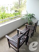 パタヤ サウスパタヤのホテル : アヴァニ パタヤ リゾート&スパ(AVANI Pattaya Resort & Spa)のデラックス ルームルームの設備 Balcony