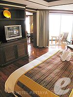 パタヤ サウスパタヤのホテル : アヴァニ パタヤ リゾート&スパ(AVANI Pattaya Resort & Spa)の1ベッドルーム スイートルームの設備 Bedroom