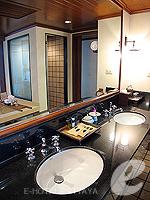 パタヤ サウスパタヤのホテル : アヴァニ パタヤ リゾート&スパ(AVANI Pattaya Resort & Spa)の1ベッドルーム スイートルームの設備 Bath Room