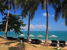 Beach : Peace Resort, Serviced Villa, Phuket