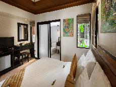 サムイ島 ボプットビーチのホテル : ピース リゾート(Peace Resort)のスーペリア バンガロールームの設備 Bedroom