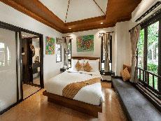 サムイ島 ボプットビーチのホテル : ピース リゾート(1)のお部屋「スーペリア バンガロー」