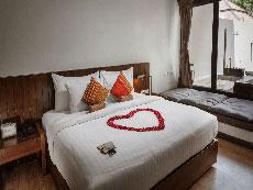 サムイ島 ボプットビーチのホテル : ピース リゾート(1)のお部屋「デラックス プルンジ プール」