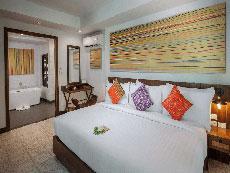 サムイ島 ボプットビーチのホテル : ピース リゾート(Peace Resort)の2ベッドルーム シーブリーズ プール ヴィラルームの設備 Bedroom