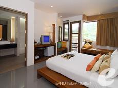 プーケット カタビーチのホテル : ピーチ ブロッサム リゾート(1)のお部屋「グランド デラックス」