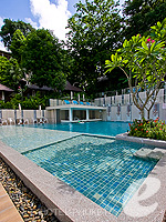 Kids Pool : Peach Hill Hotel & Resort, Kata Beach, Phuket
