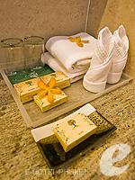 プーケット プールヴィラのホテル : ピーチヒル ホテル&リゾート(Peach Hill Hotel & Resort)のスーペリアルームの設備 Bath Amenities