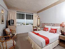 プーケット プーケットタウンのホテル : パール ホテル(1)のお部屋「デラックス」