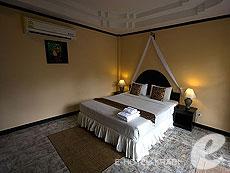 クラビ ピピ島のホテル : ピピ ビラ リゾート(1)のお部屋「デラックス バンガロー」