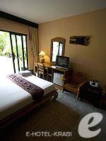 クラビ ピピ島のホテル : ピピ ビラ リゾート(Phi Phi Villa Resort)のデラックス ビラルームの設備 Room View