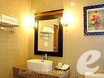 プーケット その他・離島のホテル : プーケット エアポート リゾート & スパ(Phuket Airport Resort & Spa)のスタンダード ヴィラ(ウィズ ブレックファースト)ルームの設備 Bath Room