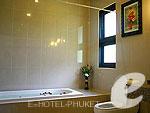 プーケット その他・離島のホテル : プーケット エアポート リゾート & スパ(Phuket Airport Resort & Spa)のファミリー ルーム ウィズ ブレックファースト(2ベッドルーム)ルームの設備 Bath Room