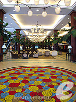 Entrance : Phuket Graceland Resort & Spa, Patong Beach, Phuket