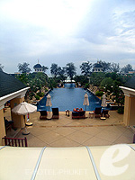 Swimming Pool : Phuket Graceland Resort & Spa, with Spa, Phuket
