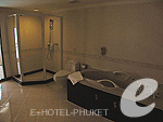 Bathroom : Family Suite (1 Bed Room) at Phuket Graceland Resort & Spa, USD 50-100, Phuket