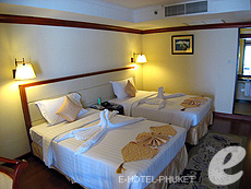 Family Suite (2 Bed Room) : Phuket Graceland Resort & Spa, USD 50-100, Phuket