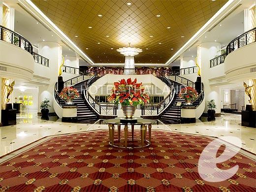 โรงแรม พลาซ่า แอทธินี รอยัล เมอริเดียน, กรุงเทพมหานคร