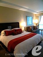 バンコク BTSプルンチット駅のホテル : ザ アテネ ホテル ラグジュアリー コレクション ホテル バンコク (The Athenee Hotel a Luxury Collection Hotel Bangkok)のロイヤル クラブ ルームルームの設備 Bedroom