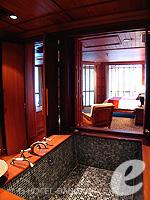 バンコク BTSプルンチット駅のホテル : ザ アテネ ホテル ラグジュアリー コレクション ホテル バンコク (The Athenee Hotel a Luxury Collection Hotel Bangkok)のロイヤル ターム スイートルームの設備 Bath Room