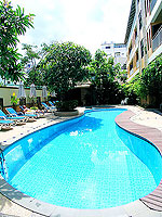 Swimming Pool : Poppa Palace, Long Stay, Phuket