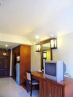 プーケット ロングステイのホテル : ポッパ パレス(Poppa Palace)のデラックス(シングル)ルームの設備 TV