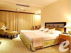 Princeton Two Bedroom Double : Princeton Bangkok Hotel, Ratchadapisek, Bangkok