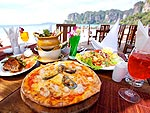 Restaurant : Railay Bay Resort & Spa, Family & Group, Phuket