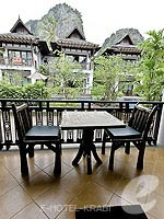 クラビ ライレイのホテル : ライレイ ビレッジ リゾート(Railay Village Resort & Spa)のデラックス プールビュールームの設備 Balcony