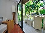プーケット カロンビーチのホテル : ラマダ プーケット サウスシー(Ramada Phuket Southsea)のスーペリア(ツイン)ルームの設備 Balcony
