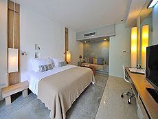 プーケット カロンビーチのホテル : ラマダ プーケット サウスシー(1)のお部屋「デラックス クラブ プール ビュー(ツイン)」