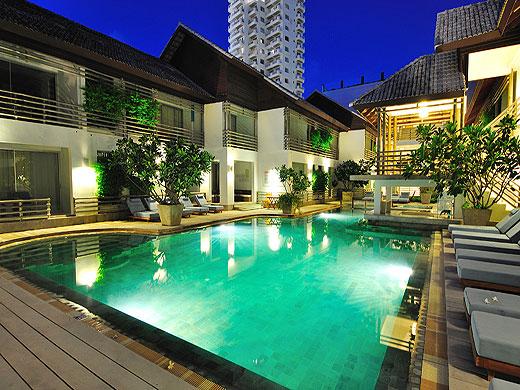 โรงแรมรามาดา ภูเก็ต เซ้าท์ซี(karon-beach)
