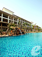 Swimming Pool / Ravindra Beach Resort & Spa, สองห้องนอน