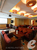 Bar Lounge : Ravindra Beach Resort & Spa, Jomtien Beach, Phuket