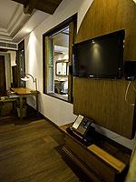 サムイ島 チョンモーンビーチのホテル : ロイヤル ムアン サムイ ヴィラ(Royal Muang Samui Villas)のプール スイートルームの設備 Room Facilities