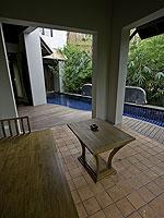 サムイ島 チョンモーンビーチのホテル : ロイヤル ムアン サムイ ヴィラ(Royal Muang Samui Villas)のプール スイートルームの設備 Sala