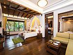 サムイ島 チョンモーンビーチのホテル : ロイヤル ムアン サムイ ヴィラ(Royal Muang Samui Villas)のプール スイートルームの設備 Bedroom