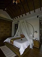 サムイ島 チョンモーンビーチのホテル : ロイヤル ムアン サムイ ヴィラ(Royal Muang Samui Villas)のプール ヴィラ オーシャンビュールームの設備 Bedroom