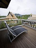 サムイ島 チョンモーンビーチのホテル : ロイヤル ムアン サムイ ヴィラ(Royal Muang Samui Villas)のプール ヴィラ オーシャンビュールームの設備 Balcony
