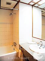プーケット プーケットタウンのホテル : ロイヤル プーケット シティ ホテル(Royal Phuket City Hotel)のSuperiorルームの設備 Bathroom