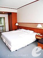 プーケット プーケットタウンのホテル : ロイヤル プーケット シティ ホテル(Royal Phuket City Hotel)のデラックスルームの設備 Bedroom