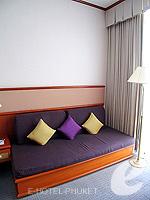 プーケット プーケットタウンのホテル : ロイヤル プーケット シティ ホテル(Royal Phuket City Hotel)のデラックスルームの設備 Day Bed
