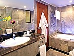 バンコク スクンビットのホテル : ロイヤル プレジデント(Royal President)のデラックス スタジオルームの設備 Bath Room