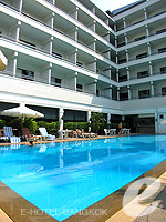 Swimming PoolRoyal Princess Larn Luang, Bangkok